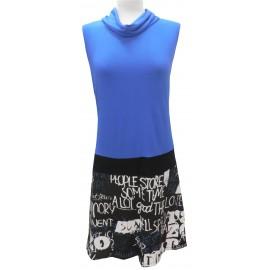 Vestido azul-letras