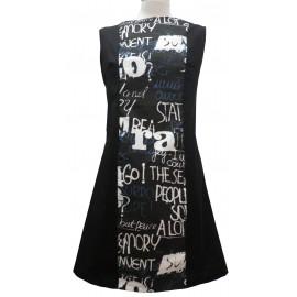 Vestido negro-letras