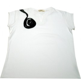 camiseta blanca espiral negra