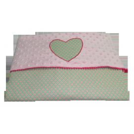 Mantita rosa verde corazón